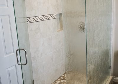 Frameless Shower Glass with Fogged Glass